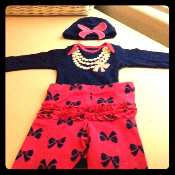 adb01f5a13d0 Gerber Matching Sets | Brand New Newborn Take Me Home Girls Outfit W ...
